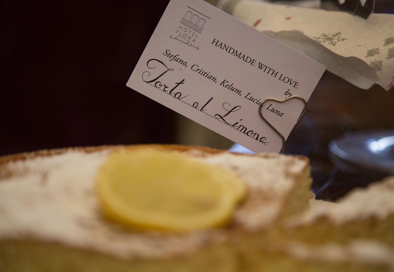 Prix Chocolat Chaud Au Cafe De La Paix